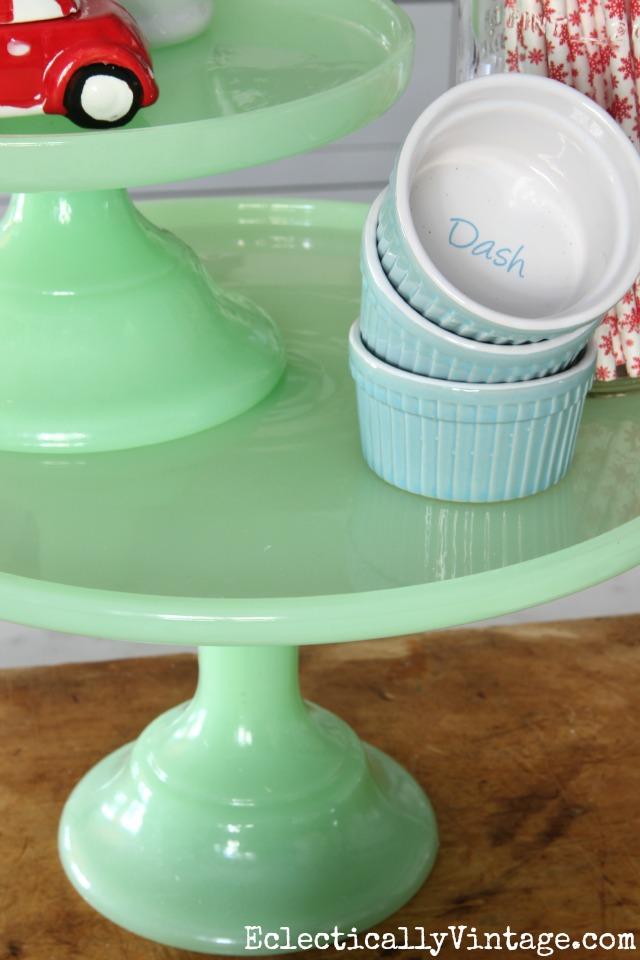 Green glass jadeite cake stand kellyelko.com