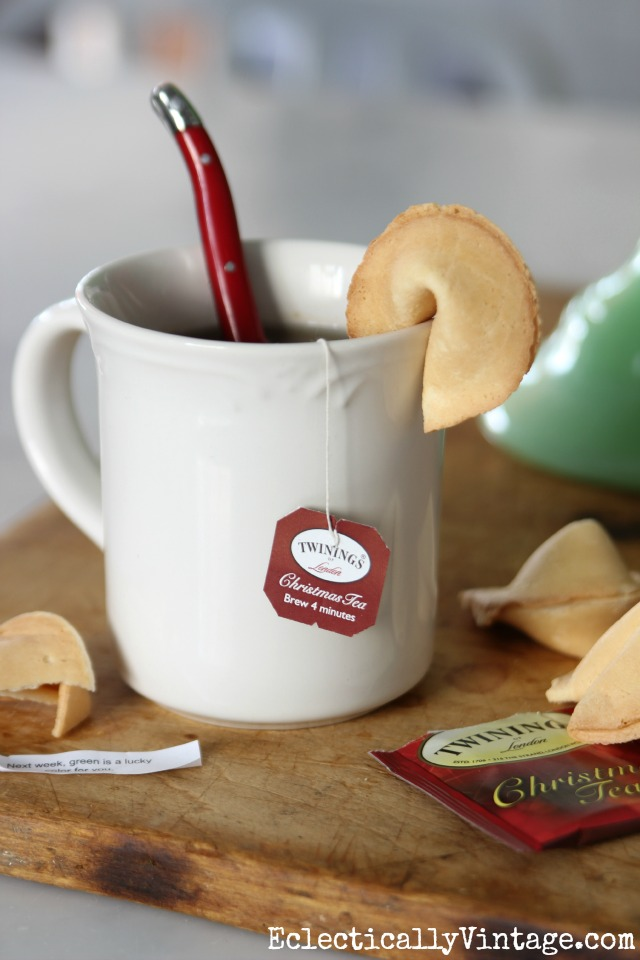 Christmas tea - love the fortune cookie for dunking kellyelko.com