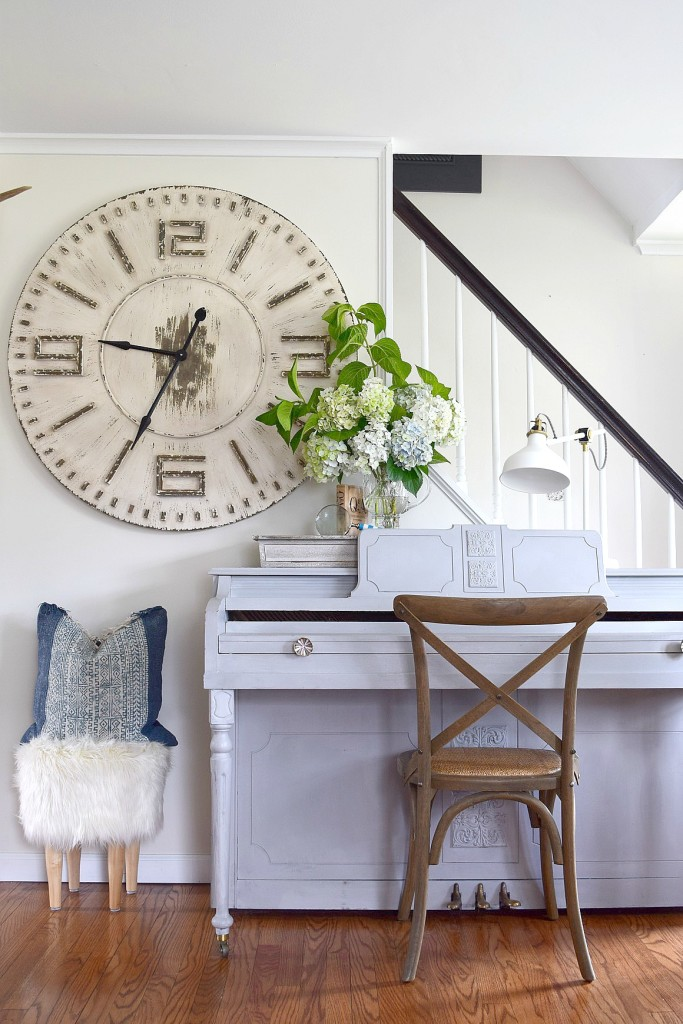 Love this painted piano and giant clock kellyelko.com