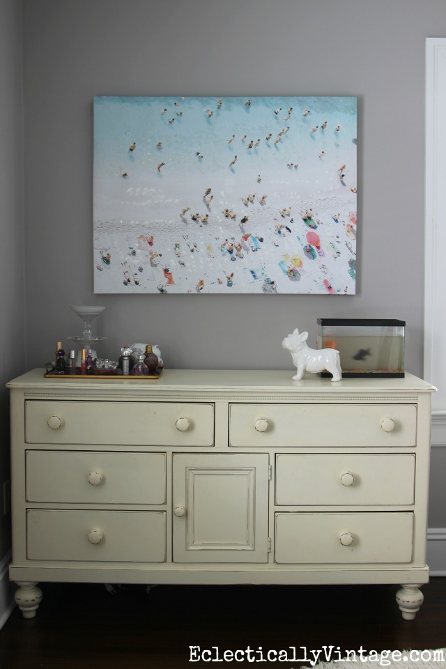 One huge piece of art makes a statement! Love this beach scene art canvas kellyelko.com
