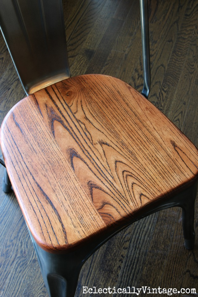 Love the wood grain on the seats of these industrial chairs kellyelko.com