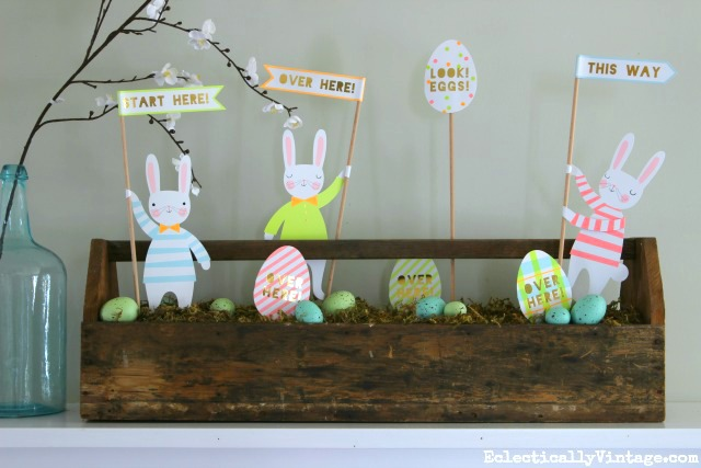 What a fun spring centerpiece! An old wooden toolbox filled with Easter bunnies, eggs and moss! kellyelko.com