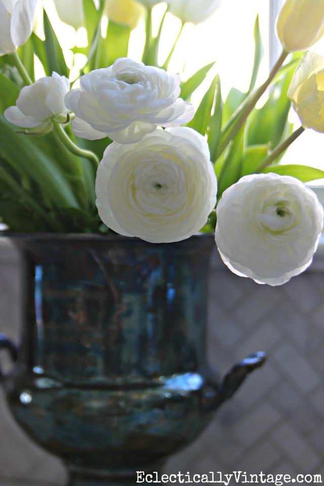 White ranunculus kellyelko.com