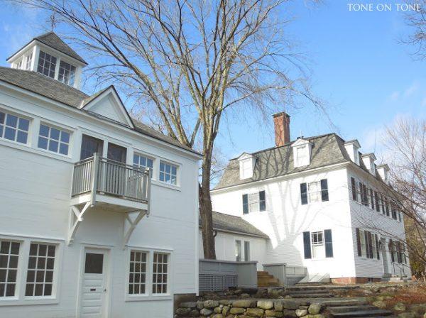 Coastal Historic Home Tour eclecticallyvintage.com