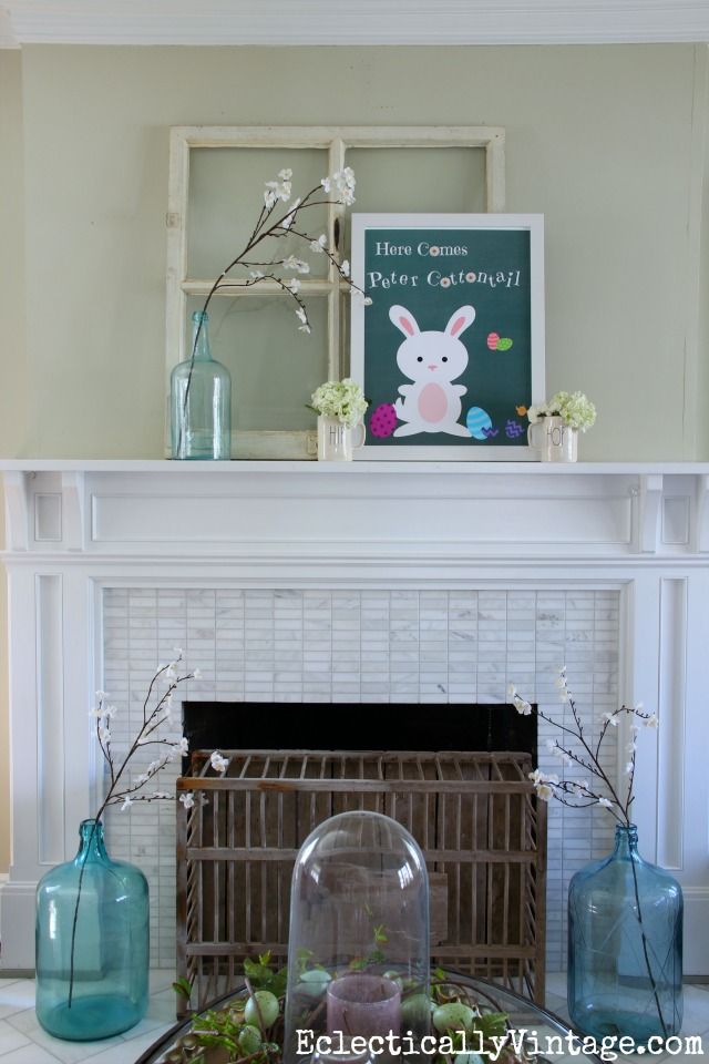 Love this spring mantel and the FREE Peter Cottontail Easter printable! eclecticallyvintage.com