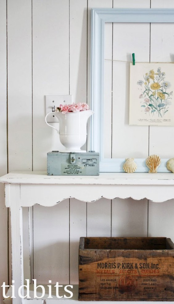 Entry table - love the rustic mix of finds kellyelko.com