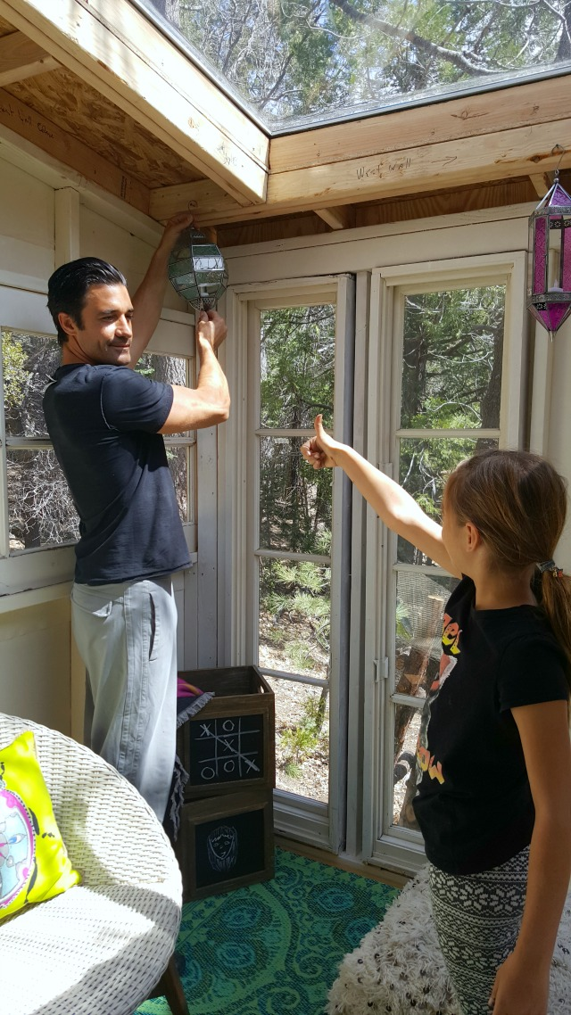 Gilles Marini and daughter decorating her treehouse kellyelko.com