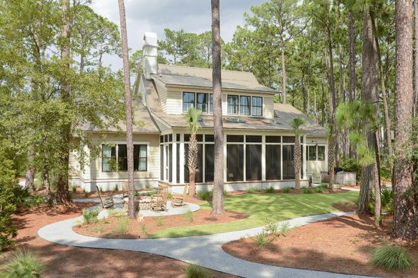 Charming southern home backyard with screened in porch kellyelko.com