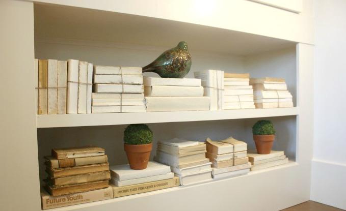Stacks of old books make great decor kellyelko.com