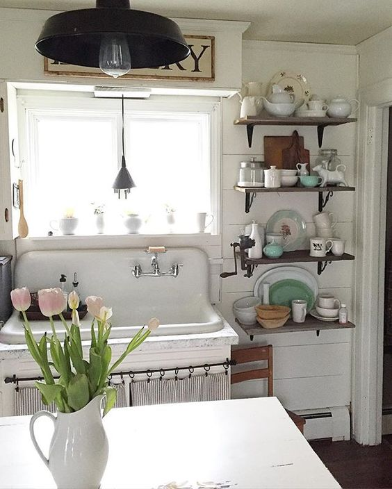 Antique kitchen sink, shiplap walls and open shelving in this farmhouse tour kellyelko.com
