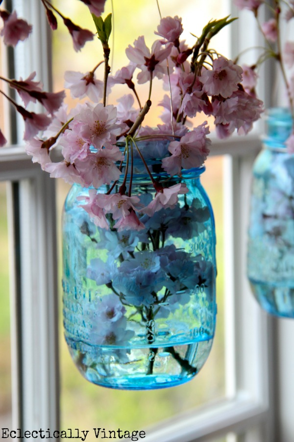 blue-mason-jar-flowers
