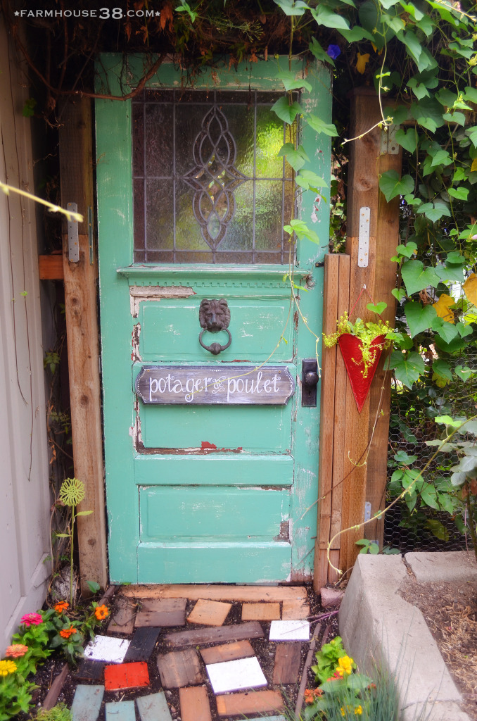 Secret garden door kellyelko.com