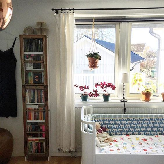 Love this modern crib kellyelko.com