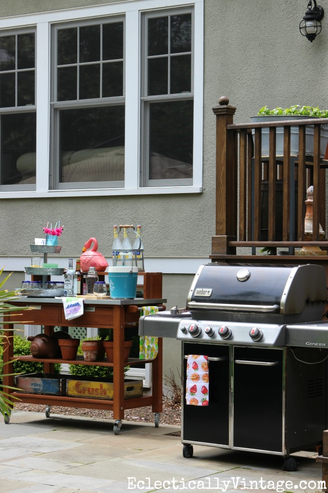 Outdoor grilling station - love the bar cart that is perfect for an barbecue buffet kellyelko.com
