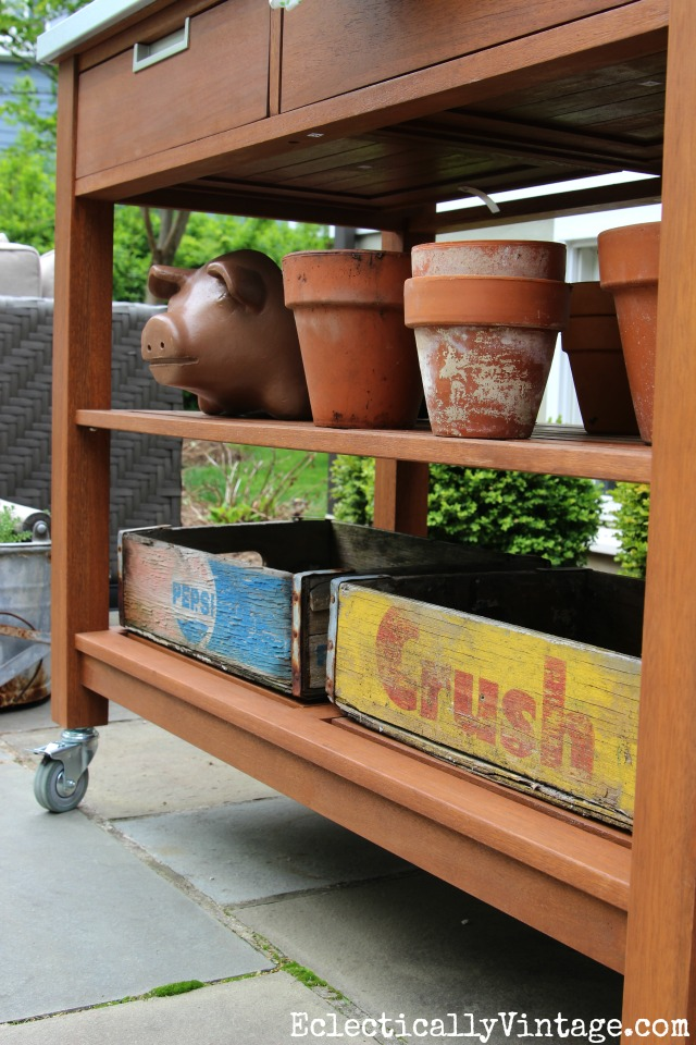 Love this potting bench and the old soda crates kellyelko.com