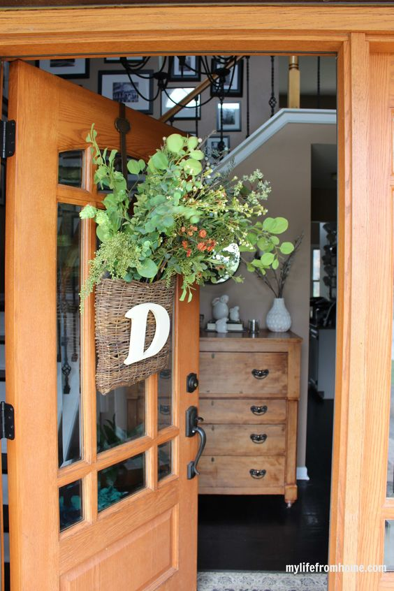 Spring door basket wreath and home tour kellyelko.com