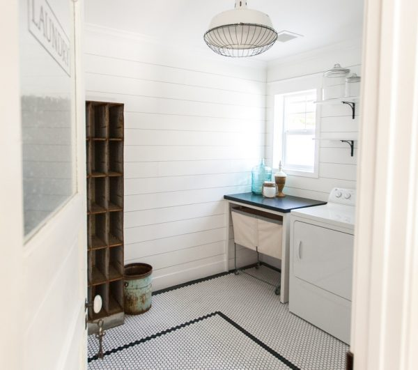 Vintage style laundry room - love the shiplap walls, hex tile and industrial light kellyelko.com
