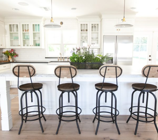 Vintage style kitchen stools - love the mix of wood and metal kellyelko.com
