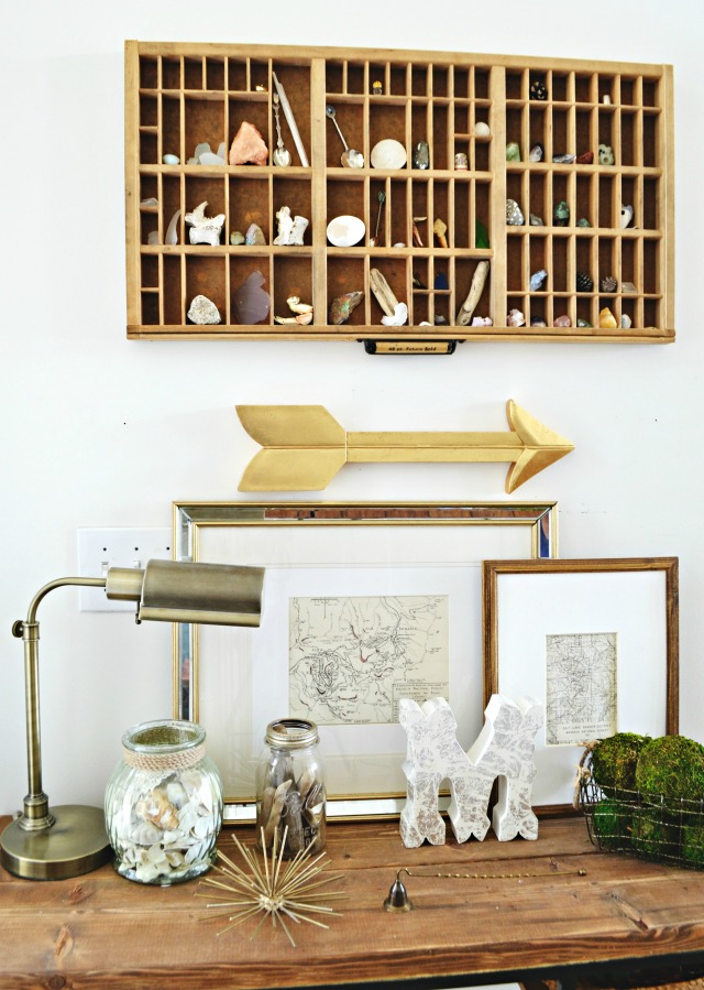Show off favorite collections in a vintage printers tray kellyelko.com