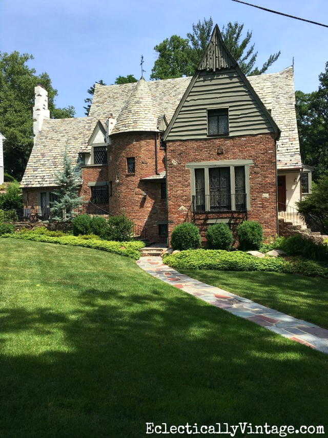 Antique brick tudor - such cub appeal! kellyelko.com