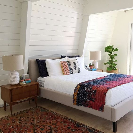 White shiplap bedroom - love the mid century furniture and vintage kantha quilt kellyelko.com