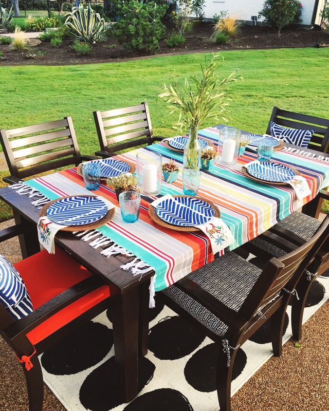 Colorful blanket is the perfect picnic tablecloth kellyelko.com