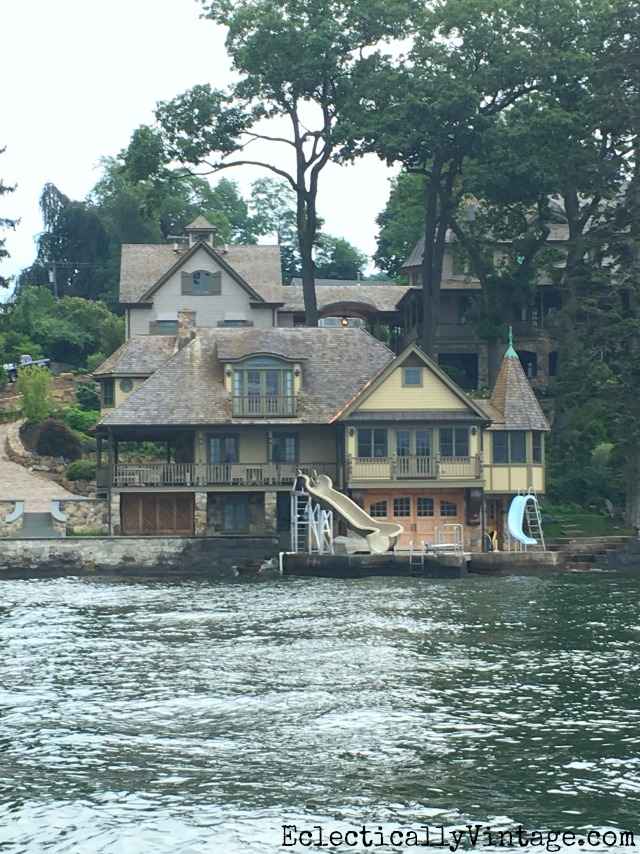 Love this lake house with two slides! kellyelko.com