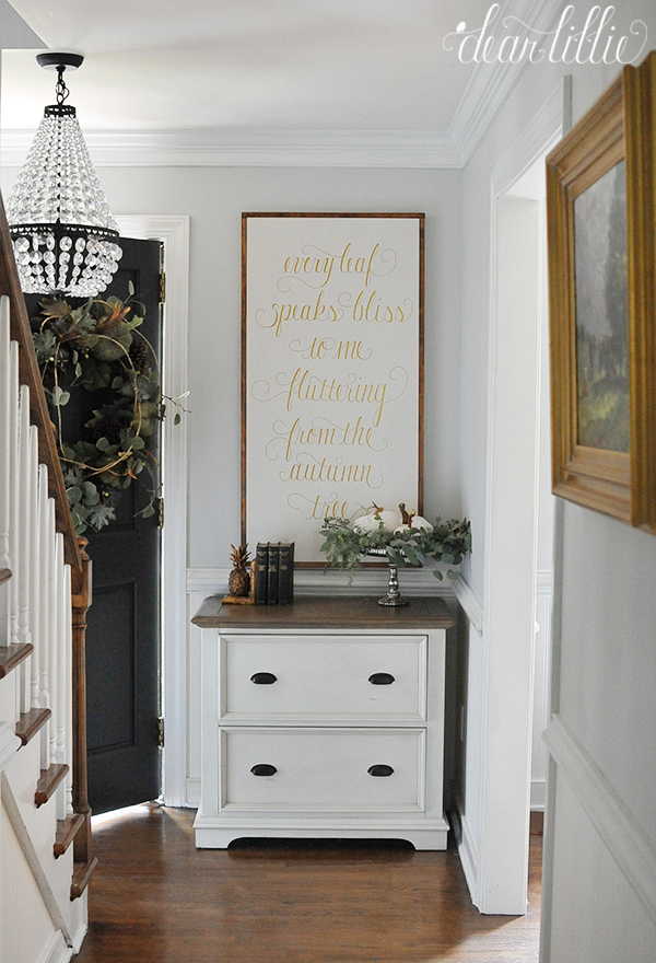 Beautiful foyer with charming fall touches kellyelko.com